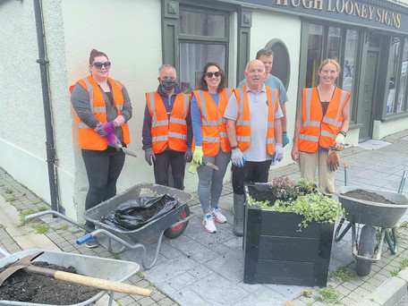 Tidy Towns Putting Pride Of Place In Passage West