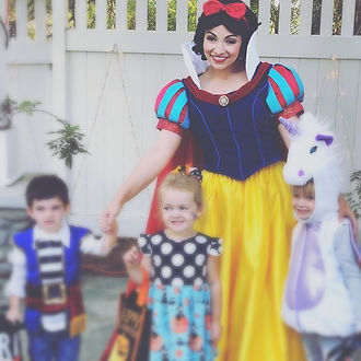 Snow White Andy 2_edited.jpg