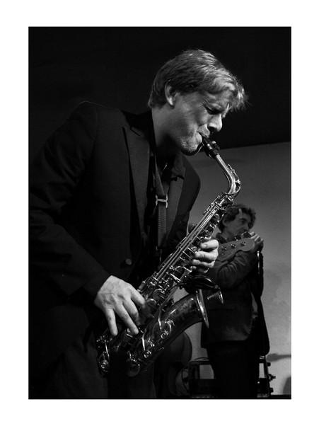 Simon Peat sax player