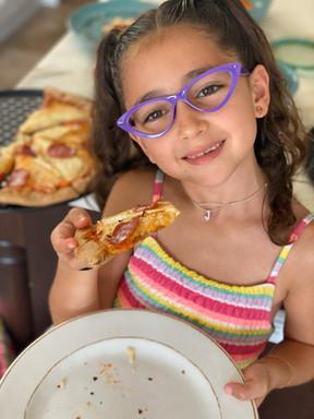 Pizza Artesanal hecha desde cero.