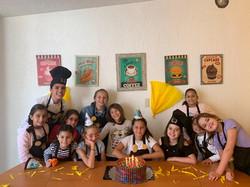 Celebrando la vida de nuestra alumna