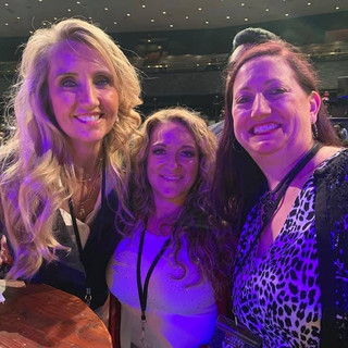 Ann in Tulsa with fans!