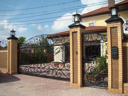 кованые-ворота-и-калитки-16-1024x768.jpg
