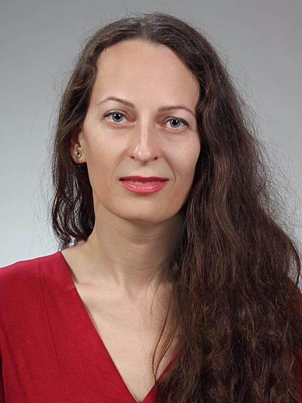 Annamaria T.