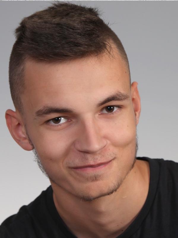 Sebastian K.