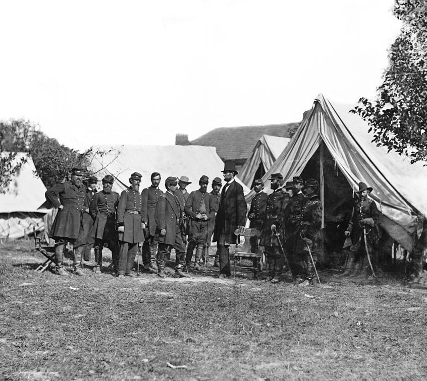 1024px-Lincoln_and_generals_at_Antietam