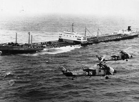 Torrey Canyon oil spill - 18 March 1967 #maritimehistory