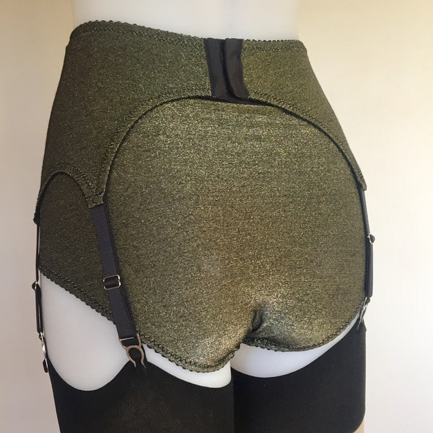 Pip & Pantalaimon vintage and retro lingerie. Big Knickers