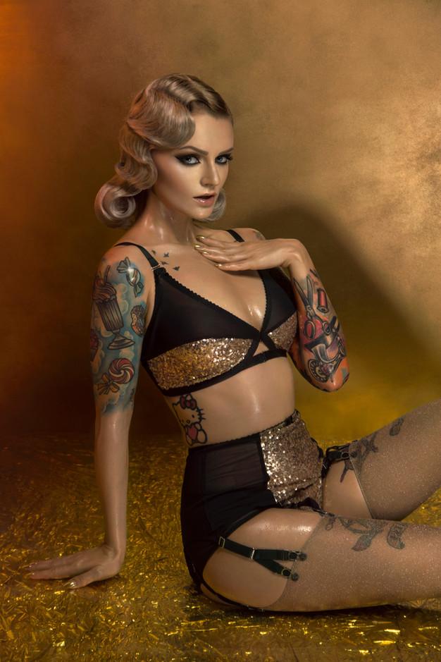 gold sequin linger, soft bra, y strap garter belt, y strap suspender belt, classic knicker