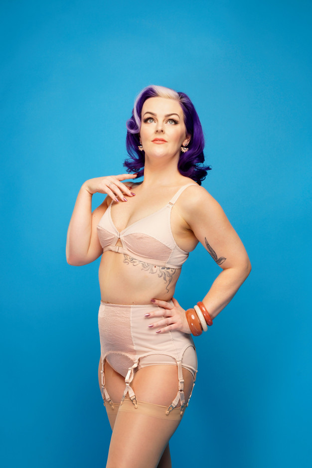 Plush Biscotti Vintage style bra, Y-Strap suspender belt and classic knicker by Pip & Pantalaimon