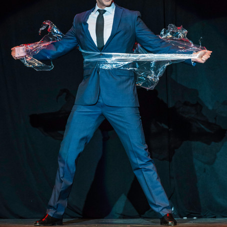 MAGICIAN MICHAEL CARBONARO COMES TO PARKER PLAYHOUSE