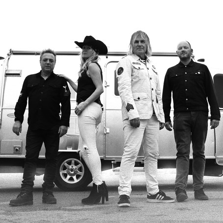 The Alarm: Mike Peters Interview