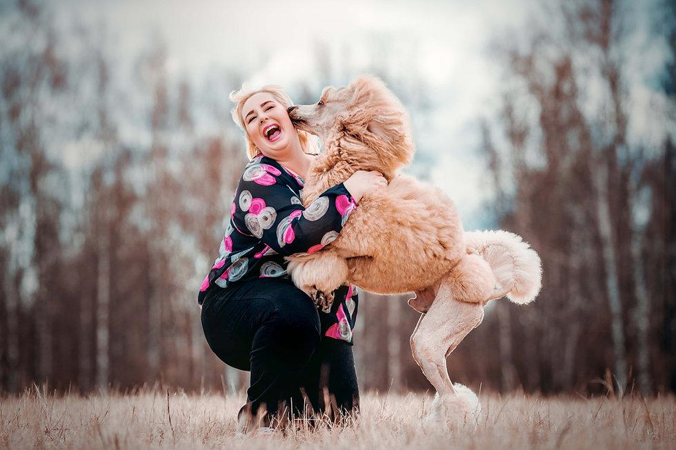Sievän koirapalvelut - koirankouluttaja Saara Sievänen - Helsinki