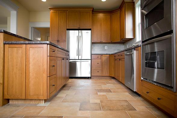 Kitchen Tile Flooring with Tile Backsplash Mosaic Ceramic Pattern Countertops