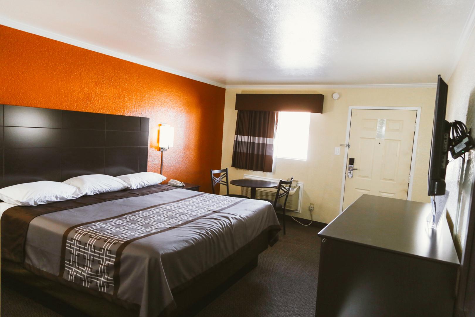 Lufkin Inn Room Photos-04.jpg