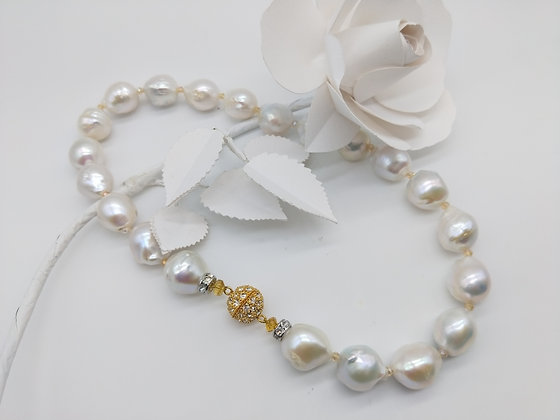 Blush Necklace Baroque Pearl