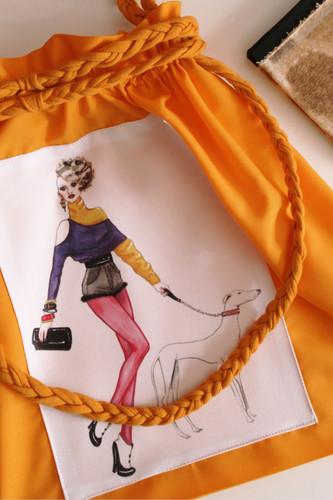 bolsa amarilla dibujo entero.jpg