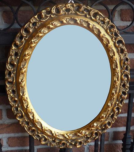 N.183 Specchiera ovale con cornice traforata in foglia oro
