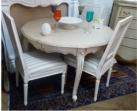 N.242 Tavolo in Noce Decapato Shabby Chic