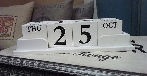 MT127 Calendario Perpetuo Grande