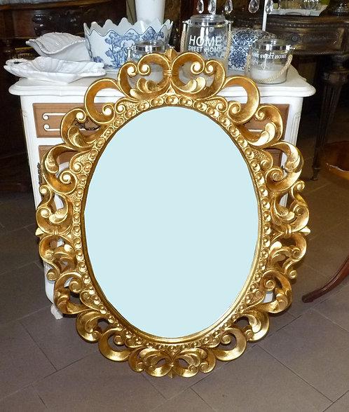 N.160 Specchiera Ovale con cornice intagliata e decorata in foglia oro