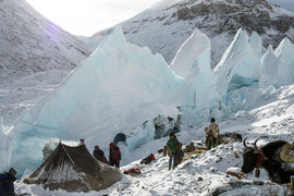 TS_EXP_EVEREST_D111038.jpg
