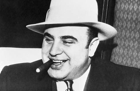 Al-Capone-with-Cigar.jpg