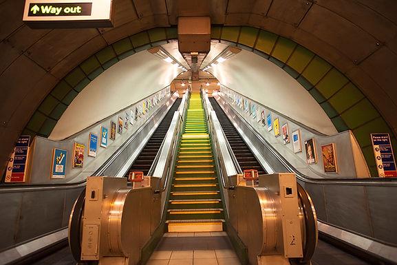1W Subway-A-002