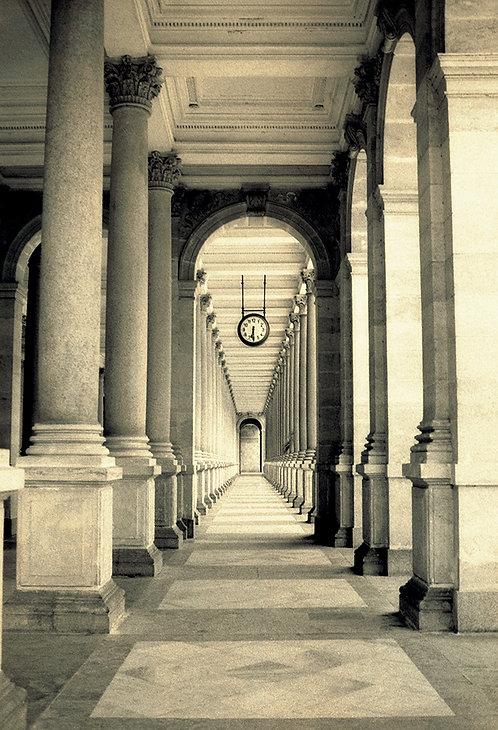 1W Colonnade-TP001
