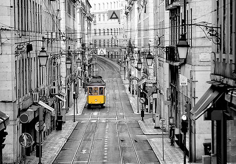 971 Streets of Lisbon