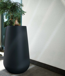Rounded Pot