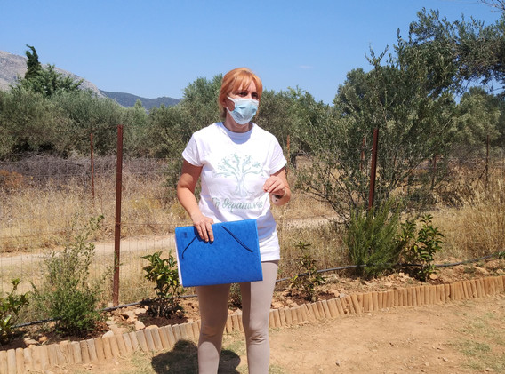 Maria_Psychologos_Απονομή «πτυχίων» κηπουρικού προγράμματος 2020-2021.jpg