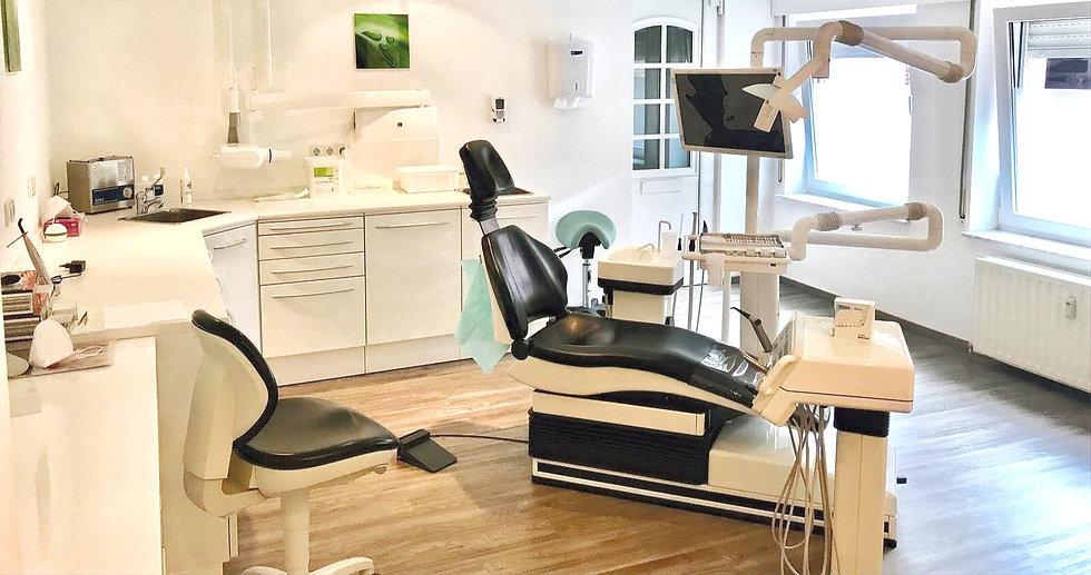 Zahnarztpraxis Alam Kelmis Sirona