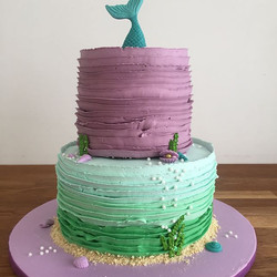 This mermaid cake turned out stunning!_U