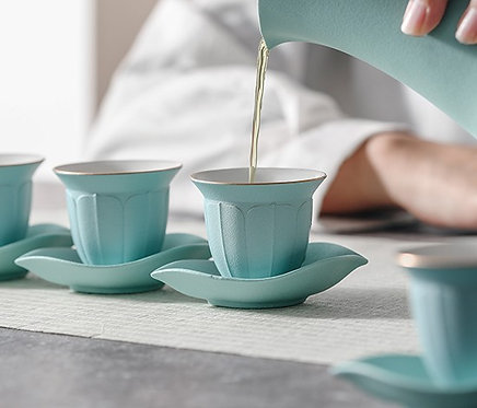 Extravagant Lotus Teacup