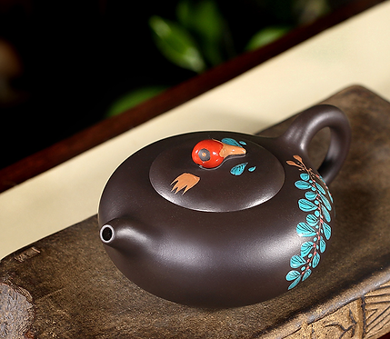 Yixing Zisha Aged Purple Clay Eden Fruit Teapot (310ml)