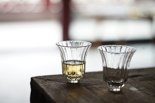 Chrysanthemum Bud Glass Cup