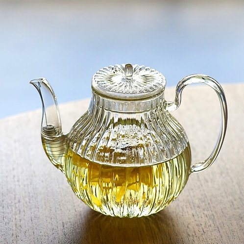 Japanese Style Glass Chrysanthemum Glass Pot