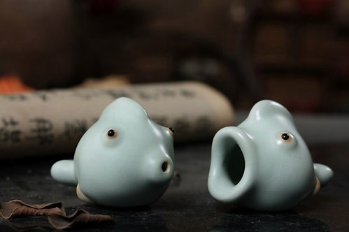 Screaming Fish Teapet