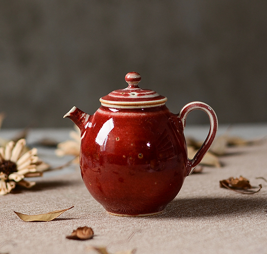 Woodfired Brook Red Christmas Hat Teapot