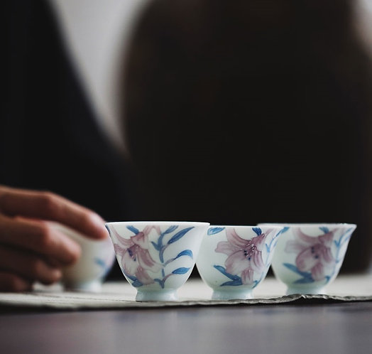 Lost in Romance Lily Teacups