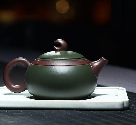 Yixing Zisha Green Clay Moon Star Xishi Teapot (300 ml)