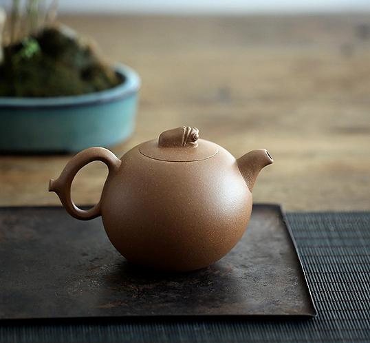 Yixing Zisha Aged Fault Clay Cicada Fruit Teapot (300ml)