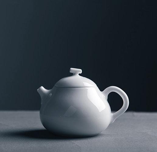 Cloud White Pear Teapot