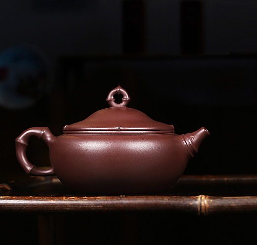 Yixing Zisha Aged Purple Clay Bamboo Hat Teapot (310ml)