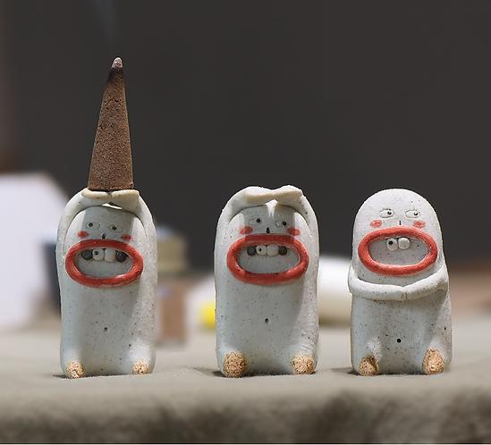 Ugly Tooth Fairy Teapet