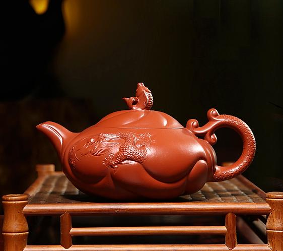 Yixing Zisha Zhu Clay Dragon Gate Teapot (400ml)