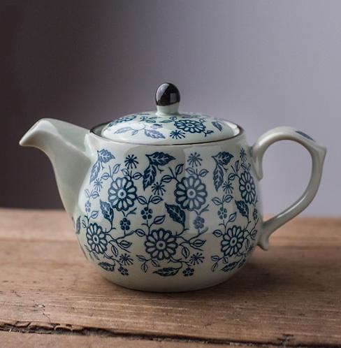Qinghua Falling Leaf Teapot