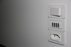 Modelo: Carregador USB
