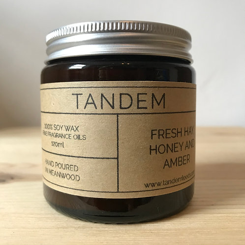Fresh hay, honey & amber soy wax candle